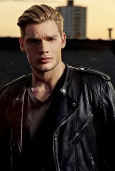 Model-Actor Dominic Sherwood
