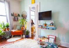 NYC Home Tour: A 425-Square-Foot Queens Apartment | Apartment Therapy