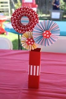 centerpiece carnival party