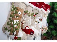 🎅 70 ideas de botas navideñas de fieltro con moldes para descargar 2018 Christmas Is Coming, Christmas Stockings, Holiday Decor, Diy, Home Decor, Xmas, Boas, Felt Christmas Decorations, Needlepoint Christmas Stockings