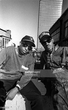 Gang Starr, portrait, London, United Kingdom, MC Guru and DJ Premier. The Craft Movie, History Of Hip Hop, Gang Starr, Dj Premier, Acid Jazz, Kenya Africa, 90s Hip Hop, Photography Poses For Men, United Kingdom