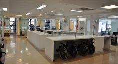 Projeto Luminotécnico para o Baía Sul Medical Center em Florianópolis. Allume Arquitetura de Interiores. Arquitetas Marina Makowieki e Paola Simoni.