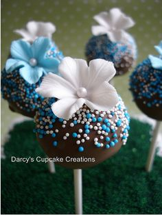 blue & white cake pops by Darcy's Cupcake Creations, via Flickr