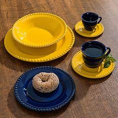 Aparelho de Jantar Poá Amarelo e Azul 42 peças - La Cuisine Dinning Table, Dining Room, Yellow Home Decor, Kitchen Utensils, Dog Bowls, Dinnerware, Buffet, Ice Cream, Plates