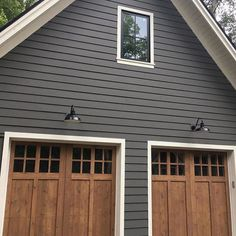 diy House exterior - 2019 Exterior House Colors from the Benjamin Moore Palette Design Patio, Design Exterior, Grey Exterior, Exterior Doors, Exterior Remodel, Garage Exterior, Garage Remodel, Gray Exterior Houses, Exterior House Siding