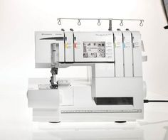 HUSKYLOCK™ s25 The ease of use and so many built-in features in combination with the large sewing space gives you professional serging results every time!