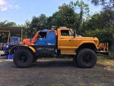 rat rod trucks and cars Big Rig Trucks, Mini Trucks, Gm Trucks, Cool Trucks, Pickup Trucks, Rat Rods, Lifted Dually, Rat Rod Pickup, Medium Duty Trucks