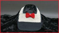 Baby Boy Bib (free crochet pattern)