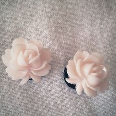 Pale Peach White Blossom 0g  8mm Plugs Gauged Studs by Glamsquared, $18.00
