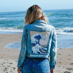 The Great Wave painted denim jacket by Kessler Ramirez- Hand-painted denim jacke. Painted Denim Jacket, Painted Jeans, Painted Clothes, Hand Painted Dress, Denim Art, Denim Fashion, Custom Clothes, Cute Outfits, Instagram