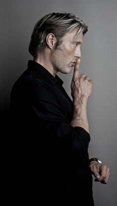 Mads Mikkelsen by Thomas Rusch Hannibal Lecter, Hannibal Series, Mads Mikkelsen, Beautiful Men, Beautiful People, Sir Anthony Hopkins, Hugh Dancy, Character Inspiration, Portrait Photography