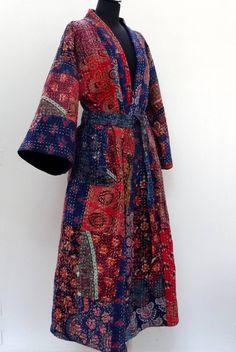 Kimono, robe de chambre, peignoir blanc en patchwork de coton gaudri  bleu, rouge et multicolore by AkkaCreation on Etsy