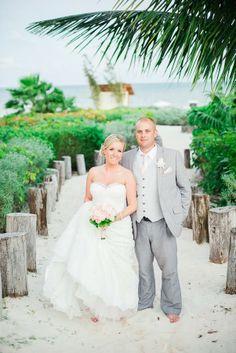 Beautiful wedding at Moon Palace Golf & Spa Resort in Cancun. #DestinationWedding #BeachWedding #WeddingIdeas #Engaged beach wedding, destination wedding, wedding ideas, engaged, wedding venues. Wendy Alana Photography: Steph & Jamie {Moon Palace Cancun Mexico Wedding Photographer}