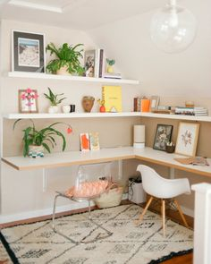 To have your own home office is not just a wish. You can have it by using one of the modern home office table design ideas. Furniture, Diy Corner Desk, Room, Home Office Decor, Interior, Home Decor, House Interior, Small Space Office, Office Design