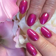 This Hand & Nail Harmony  colour looks stunning over ProHesion #sculptedextensions. #kungfuschia from NailHarmonyUK/Gelish with #bellatrix The Nail Space
