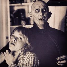 Salem - Publicity still of Reggie Nalder & Lance Kerwin Classic Monster Movies, Classic Horror Movies, Classic Monsters, Horror Icons, Horror Films, Arte Horror, Horror Art, Dracula, Lance Kerwin