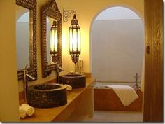 love this morrocan styled bathroom