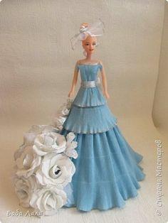 Свит-дизайн Моделирование конструирование Кукла в голубом платье Бумага гофрированная фото 1