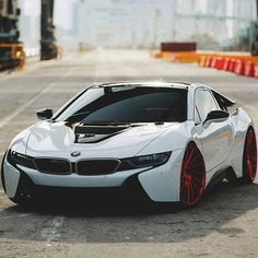 BMW i8 looking amazing on @vossen wheels! What do you think of the i8? Follow ▶@vistale.co ◀ Tag a BMW fan!