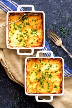 Easy Dinner Ideas for Two - Au Gratin Potatoes For Two - Quick, Fast and Simple Recipes to Make for Two People - Freeze and Make Ahead Dinner Recipe Tips for Best Weeknight Dinners - Chicken, Fish, Vegetable, No Bake and Vegetarian Options - Crockpot, Microwave, Healthy, Lowfat Options http://diyjoy.com/easy-dinners-for-two