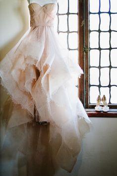 Future brides: do not fear a non-white dress! http://www.stylemepretty.com/little-black-book-blog/2015/02/02/romantic-malibu-summer-wedding/ | Photography: Hannah Arista - http://www.hannaharista.com/