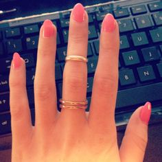Pink, round tip and pretty nails