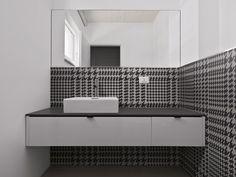 Un carrelage mural très couture, salle de bain, bathroom