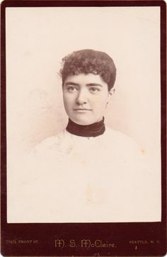 Cut Due to Illness or Fashion? Whatever Reasons, Here Are 20 Cool Photos of Victorian Women With Short Hair ~ vintage everyday Victorian Women, Victorian Era, Short Hairstyles For Women, Vintage Hairstyles, Historical Hairstyles, Vintage Shorts, Masquerade, Longer Hair, Cool Photos