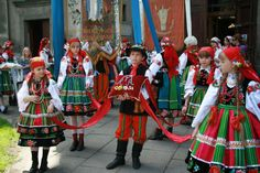 Corpus Christi in Łowicz towne - kids wearing traditional folk outfits Poland Facts, Polish Folk Art, International Festival, Character Costumes, Corpus Christi, Character Creation, Folk Costume, My Heritage, Kids Wear