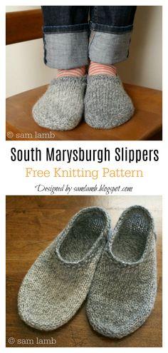 South Marysburgh Slippers FREE Knitting Pattern #freeknittingpattern #slippers #knittingpatterns #knittingsocks