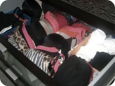 THIS is how I need to start storing bras in the drawer instead of folding them in half and smooshing one cup! Dresser Drawer Organization, Dresser Organization, Closet Organization, Dresser Drawers, Underwear Storage, Bra Storage, Storage Drawers, Efficient Packing