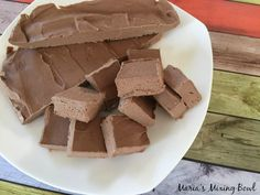 Low Carb Cream Cheese Fudge Recipes, Cooking, DIY and More!Low Carb Cream Cheese Fudge is delicious and yes it is low carb. But that really doesn't matter. Easy Holiday Recipes, Easy Cookie Recipes, Fudge Recipes, Healthy Dessert Recipes, Sweets Recipes, Keto Desserts, Keto Recipes, Candy Recipes, Easter Desserts