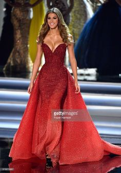 Iris Mittenaere Photos - Miss Universe 2016 Iris Mittenaere appears during the 2017 Miss Universe Pageant at The Axis at Planet Hollywood Resort & Casino on November 2017 in Las Vegas, Nevada. - The 2017 Miss Universe Pageant Pageant Dresses For Women, Beauty Pageant Dresses, Pageant Gowns, Ball Gowns Prom, Ball Gown Dresses, Dinner Gowns, Evening Dresses, Hollywood Gowns, Planet Hollywood