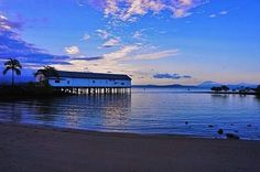 In the small town of Port Douglas, I did not walk, but driving through the streets, saw that it was a lovely town and I wanted to learn. Queensland Australia, Small Towns, Places To Visit, Tours, Beach, Water, Outdoor, Water Water, Aqua