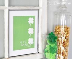 Free Printable for you to decorate your house for St Patricks Day From sugartotdesigns