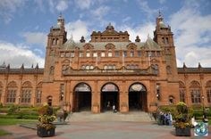 Glasgow is one of the biggest cities in United Kingdom and a very important and must see tourist objective is Kelvingrove Art Gallery and Museum