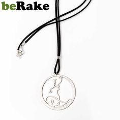 beole.berake.com - Vendo Colgante de 60 mm de diámetro en latón de 0,8 mm, con baño de plata mate y lacado. cordón de cuero negro y cierre metálico. colección ...