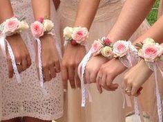 """Résultat de recherche d'images pour """"bracelet fleur temoin mariage"""""""