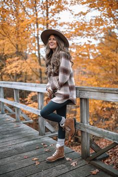 Cold Weather Outfits, Casual Winter Outfits, Fall Outfits, Cute Outfits, Fashion Outfits, 90s Fashion, Fashion Styles, Southern Curls And Pearls, Moda Boho