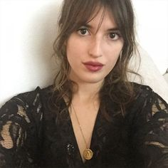 style icon jeanne damas on pinterest reggio emilia french style and paris fashion weeks. Black Bedroom Furniture Sets. Home Design Ideas