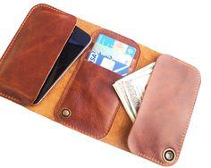 iPhone 5 wallet via Etsy.