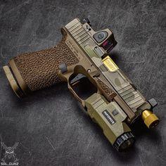 Missing my 19 ・・・ #glock #glock19 #9mm #inforce #inforceapl #inforcelights #trijicon #rmr #multicam #glockperfection #glockteam #igmilitia #sickguns #gunsdaily #gunporn #pewpewpew #merica