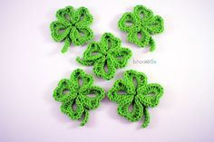 Crochet Four Leaf Clover - Free pattern plus LEFT and RIGHT HANDED videos by B.Hooked Crochet.