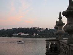 Porto bei Nacht. Foto: Doris Statue Of Liberty, Portugal, Travel, Porto, Night, Statue Of Liberty Facts, Viajes, Statue Of Libery, Destinations