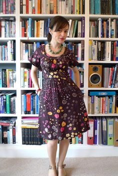 amazing handmade dress and beautiful fabric - Simplicity 7341 pattern // Tilly and the Buttons. She was so talented on the Great British Sewing Bee