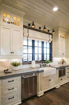 40 Modern Farmhouse Gray Kitchen Cabinet Design Ideas