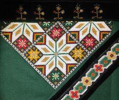 Bilderesultat for brystduk osbunad Norway, Elsa, Bohemian Rug, Cross Stitch, Embroidery, Blanket, Rugs, Crochet, Womens Fashion
