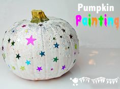 Pumpkin Painting is a Halloween craft for the whole family. Painted Pumpkins are an easy and safe pumpkin carving alternative for kids that look stunning! Autumn Crafts, Fall Crafts For Kids, Holiday Crafts, Kids Crafts, Holiday Fun, Holiday Ideas, Christmas Ideas, Halloween Activities, Autumn Activities