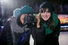 Patinando no gelo em Paris | A series of serendipity Melina Souza e Sharon Eve Smith