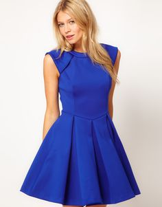 Ted Baker dress- so sophisticated looking